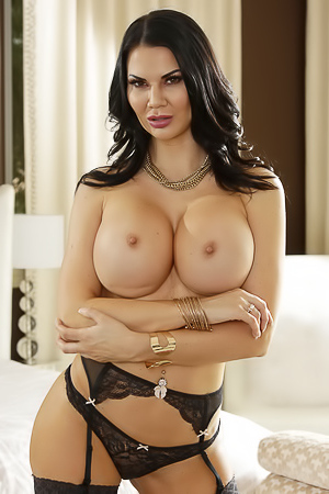 Jasmine Jae Gives Sexual Lesson
